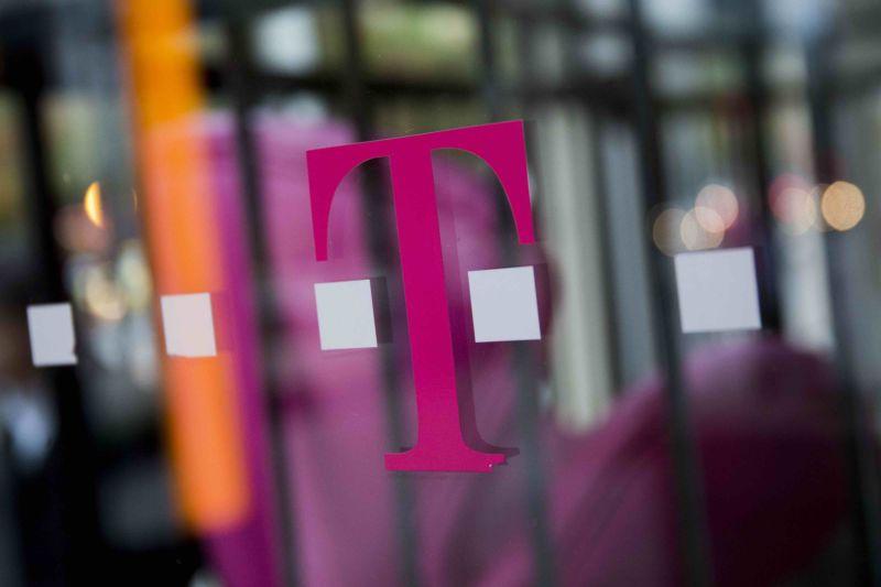 T-Mobile\u0027s $50 home Internet service has no data cap, but plenty of