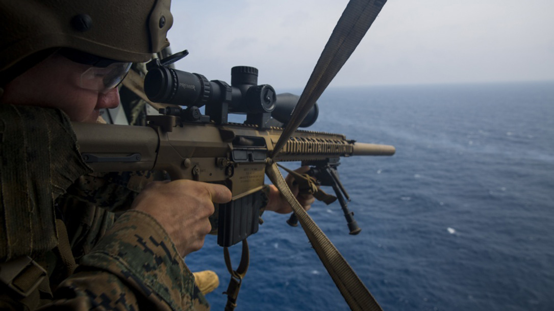 Goodbye M40, Hello Mk 13 Mod 7 Marine Snipers to Get New Rifles