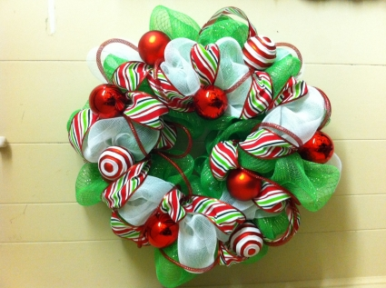 Dr Seuss Christmas Christmas Wreath in Woodstock, NB - The - dr seuss christmas decorations