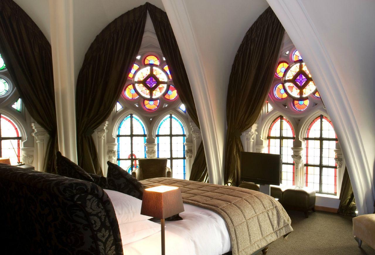 Gothic Style Interior Design Ideas