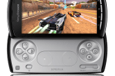 Sony Ericsson Xperia Play - Image 2 of 6