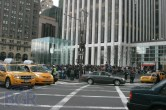 iPad 2 Launch – Fifth Avenue Apple Store - Image 10 of 40