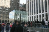 iPad 2 Launch – Fifth Avenue Apple Store - Image 22 of 40