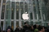 iPad 2 Launch – Fifth Avenue Apple Store - Image 29 of 40