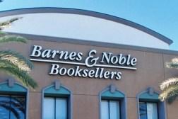 barnes_noble-store