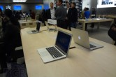 Live from 5th Ave Apple Store unveiling - Image 44 of 47