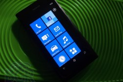 nokia-lumia-800-review