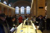 Live from Apple's Grand Central Apple Store opening - Image 16 of 24