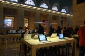 Live from Apple's Grand Central Apple Store opening - Image 19 of 24