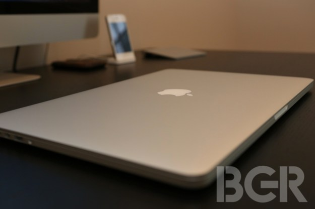 Apple reportedly halts Mac supply orders amid tanking PC sales