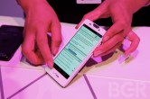 Hands on with Motorola DROID RAZR HD and RAZR MAXX HD - Image 4 of 10