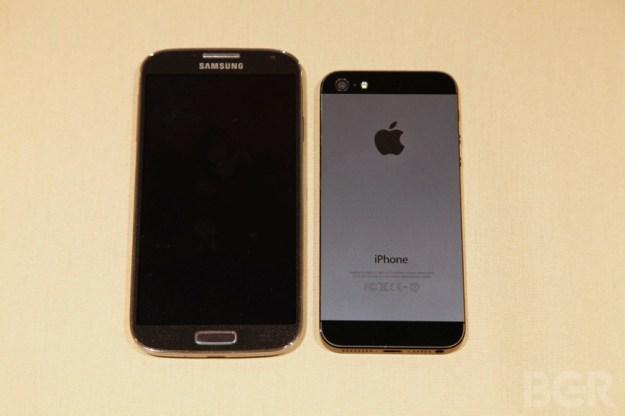Smartphone Survey Apple Samsung