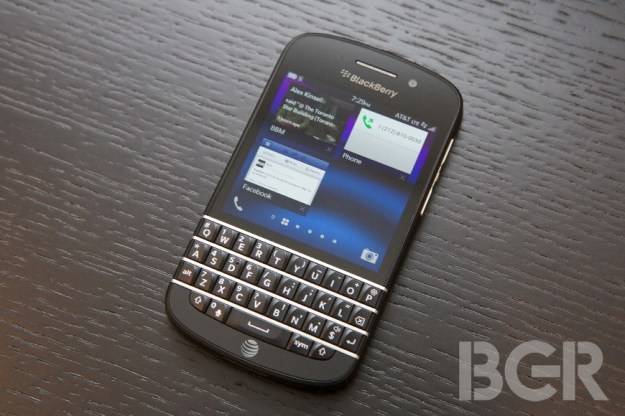 BlackBerry Q10 Sales Canada