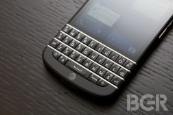 BlackBerry Q10 Sales