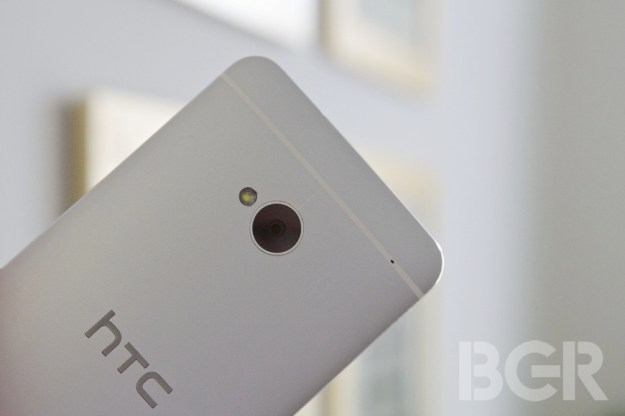 HTC One Mini Photos Leak