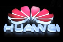 Huawei unveils new quick charge tech that can charge a smartphone to 50% in five minutes