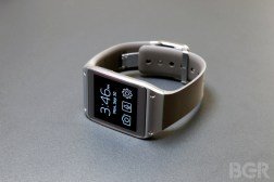 Samsung Smartwatch Shipments Q1 2014