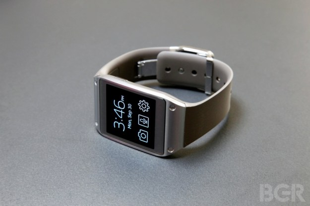 Samsung Defends Galaxy Gear