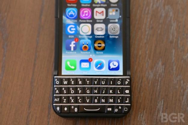 BlackBerry Vs. Ryan Seacrest