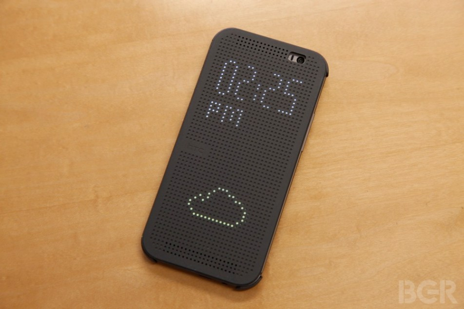 HTC One M8 Dot View Case Review