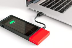 Kickstarter iPhone Augment Battery Case