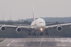 Airbus A380 Crosswind Landing Video