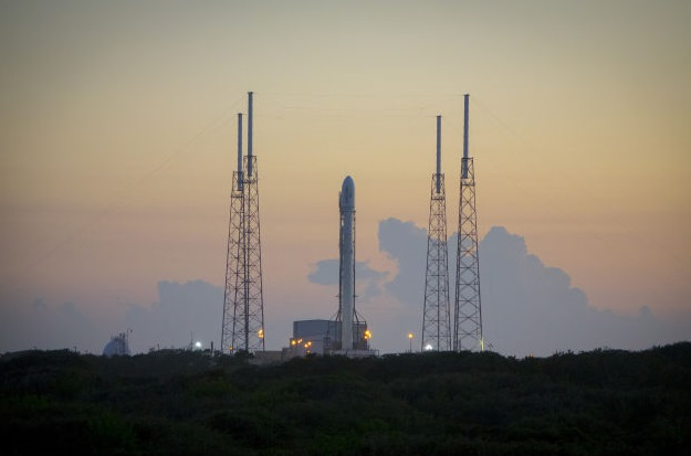 SpaceX Rocket Makes a Historical Vertical Landing
