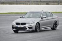 BMW M5 F90: Neue Fotos mit Individual-Farbe Rhodonitsilber