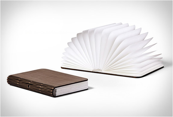 Boog Lamp Lumio | Unfolding Book Lamp