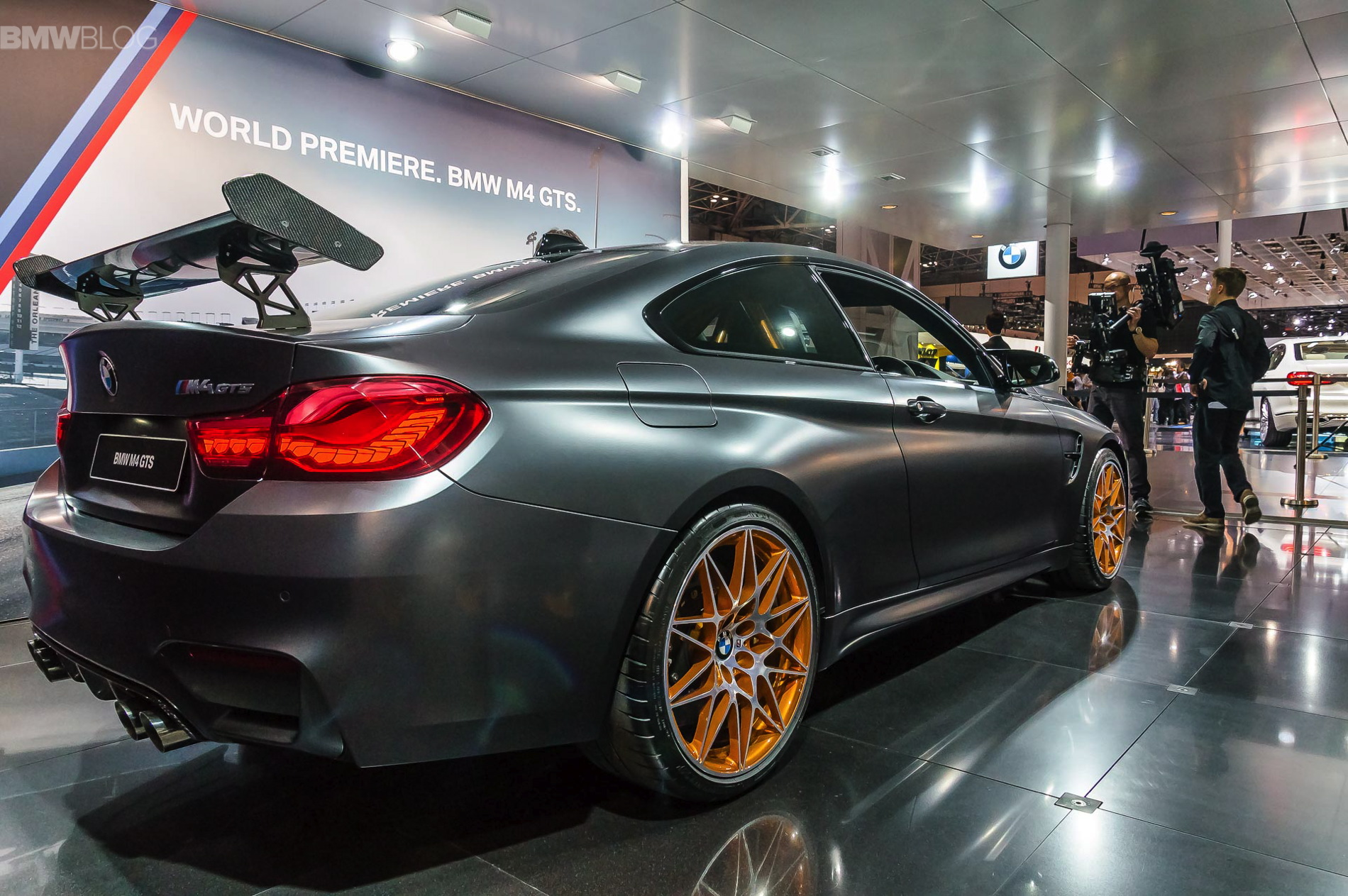 Very Best Sports Car Wallpaper Bmw M4 Gts Makes Debut At 2015 Tokyo Motor Show