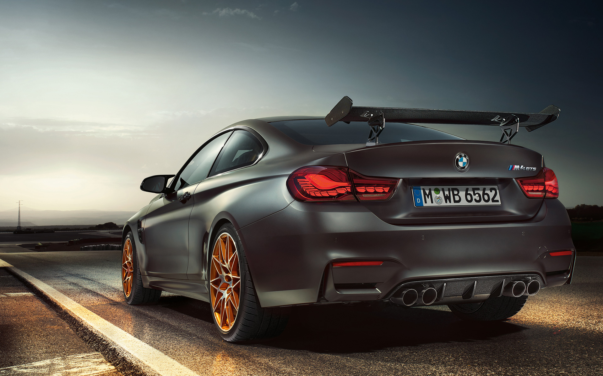 Bmw Car Pc Wallpapers Bmw M4 Gts Is It Worth The Price