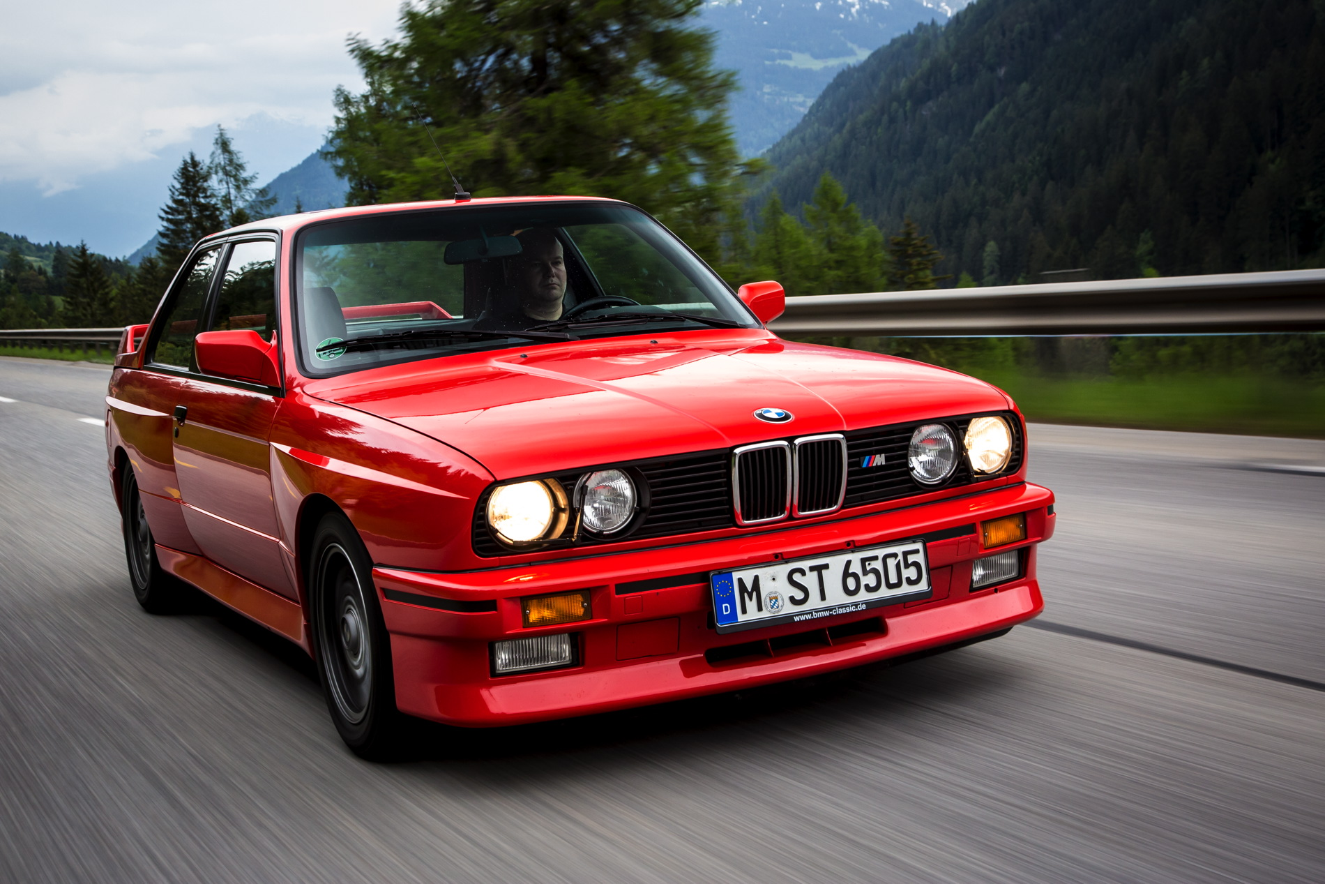 Mercedes Sports Cars Wallpapers Meet The Legend E30 M3