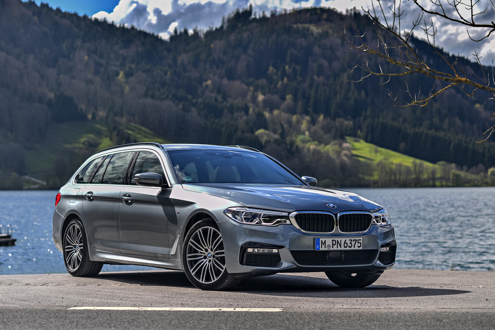 Bmw 5 Series Touring Xdrive Top Gear Reviews The Bmw 5 Series Touring