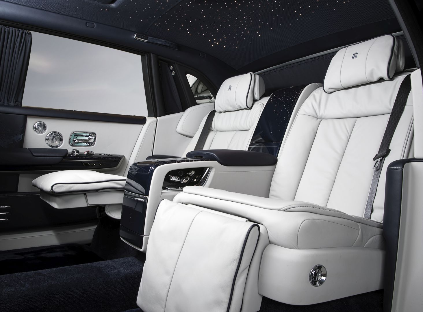 Phantom Serenity Rolls Royce To Bring Three Special Phantom Models To Geneva