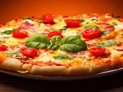 Why Is Pizza So Popular in the U.S.? | Britannica.com