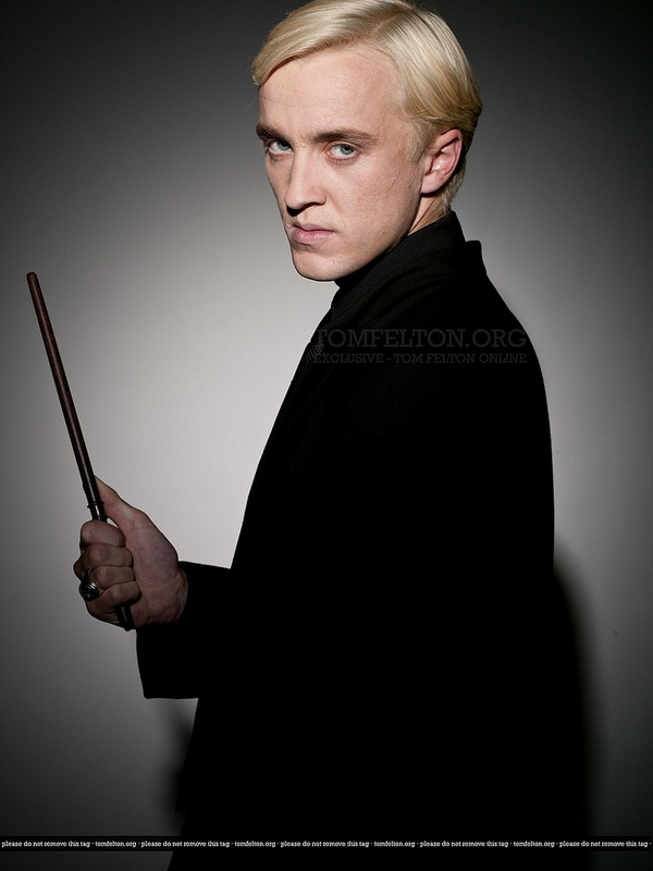 Harry Potter Wallpaper Cute J K Rowling Publishes Draco Malfoy S Backstory For Christmas