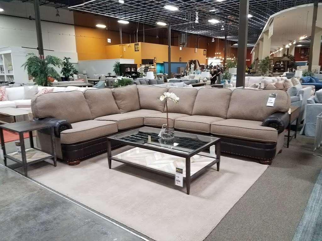 The Dump Furniture Outlet 10251 North Fwy Houston Tx 77037 Usa