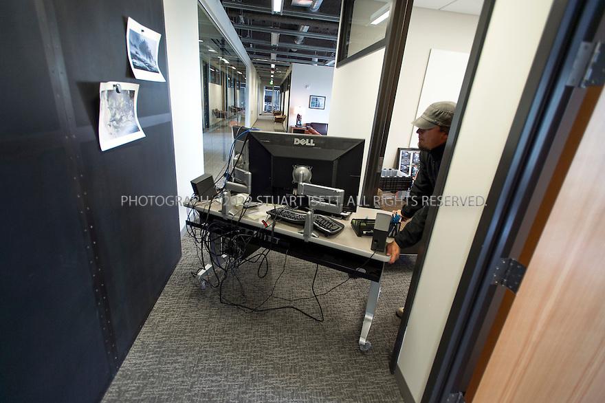 Moving a desk at Valve New Office Pinterest Desks - commercial rental agreement template free