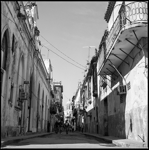 The Streets of Havana, Cuba | Black & White Film Photography