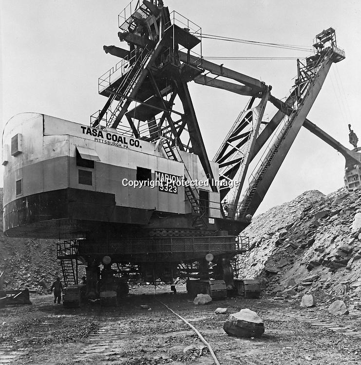dragline operator sample resume 1956 tasa coal crane 2jpg 741750 marion pinterest - Dragline Operator Sample Resume