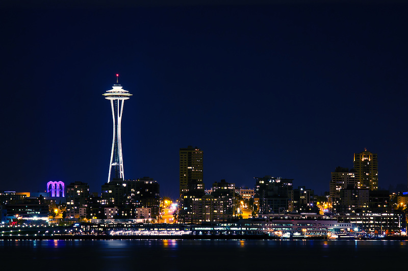 Seattle Washington In Fall City Night Wallpaper Seattle And The Space Needle At Night Rich Leighton