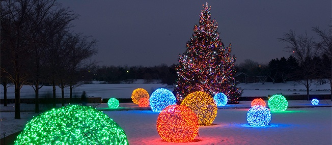 Outdoor Christmas Decorating Ideas - christmas decorations outdoors