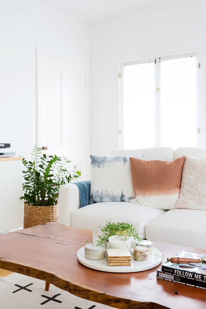 Round Mirror Urban Outfitters 6 Feng Shui Living Room Tips To Bring The Good Vibes Home