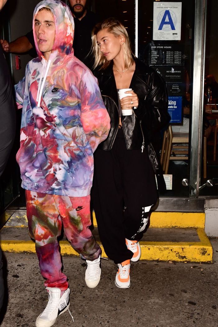 Nike Tracksuit Hoodie Just Bieber Outfits That Stole Hailey Baldwin 39;s Spotlight