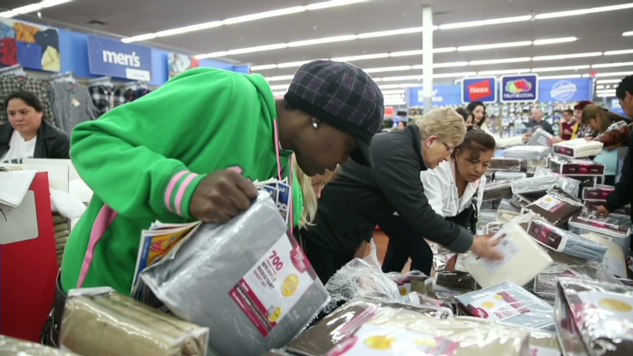 Black Friday Shopping Black Friday Shoppers Storm Stores