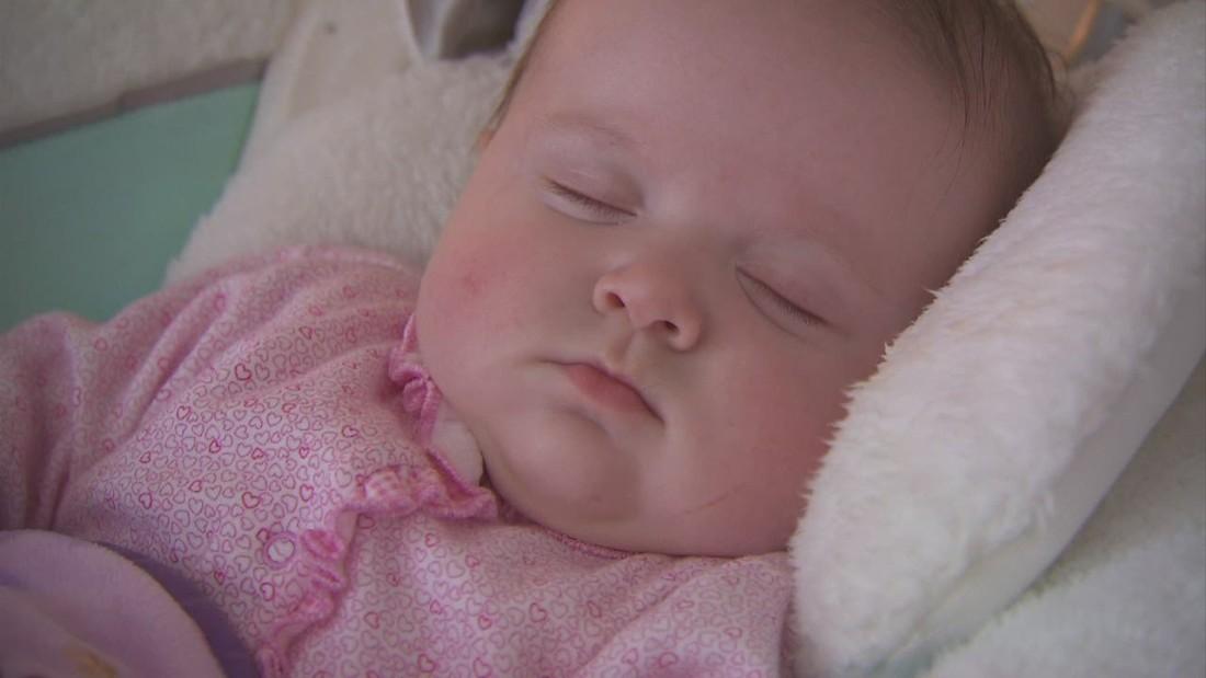 Baby Layers Baby Things! Baby, Baby Sleep, Baby Wearingbaby sleeping
