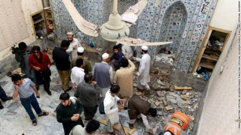 Jamaat-ul-Ahra, a splinter group of the Pakistani Taliban, has carried out suicide attacks.
