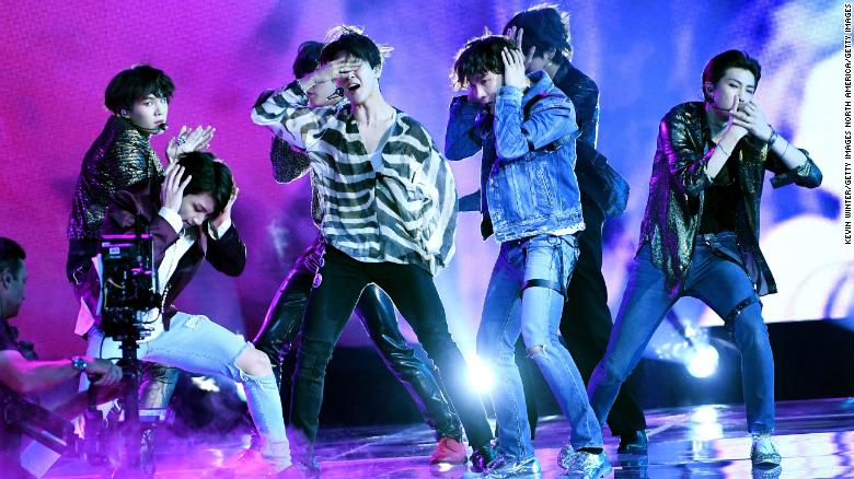 Boy band BTS becomes first K-pop group to top US Billboard 200 - CNN