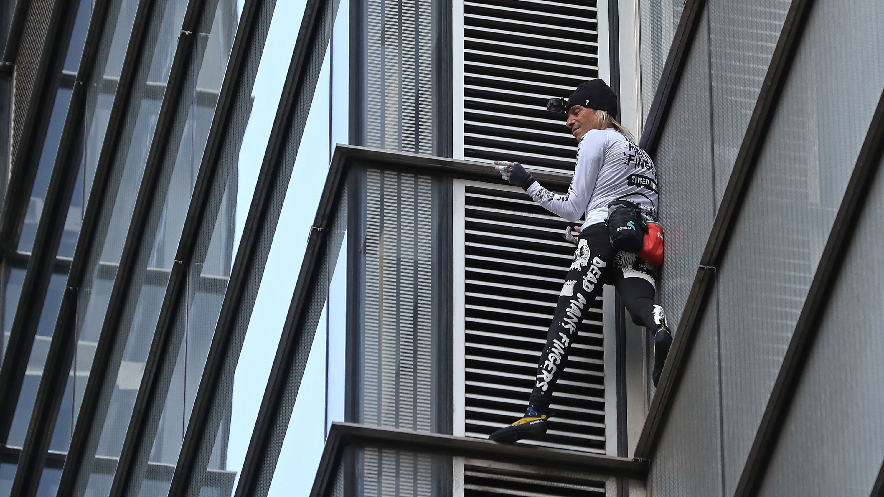 Chalet Leal French Spiderman Climbs London Skyscraper