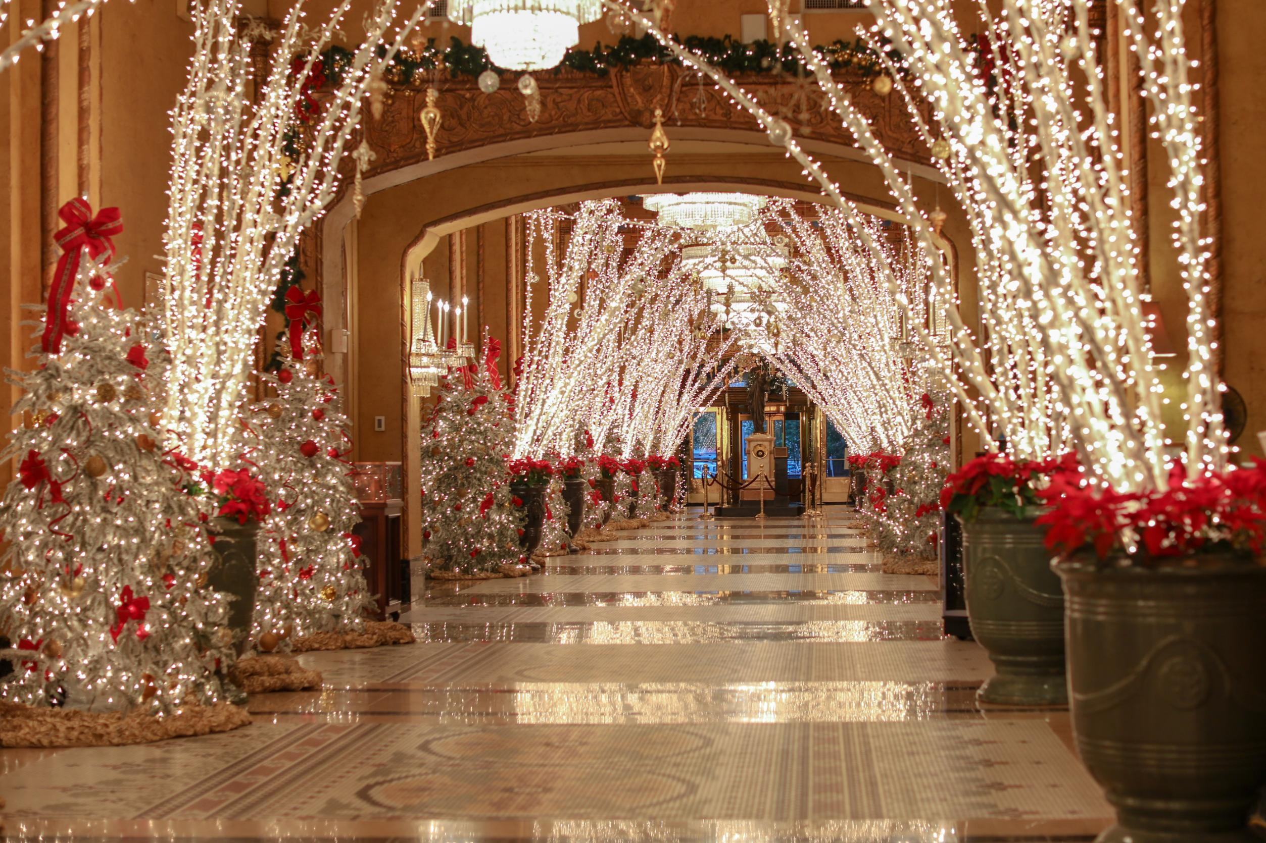 15 Best Hotels For Christmas Celebrations Cnn Travel - Party City Xmas Decor
